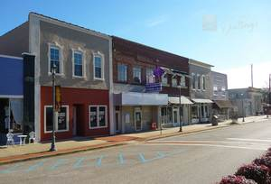 Attalla 5th Avenue scene